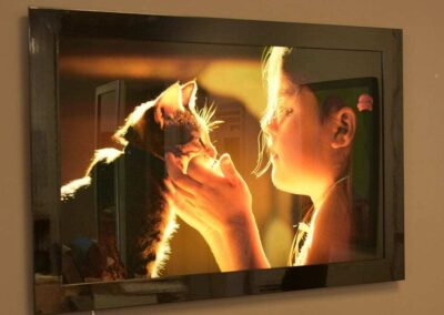 The Girl and the Cat-with LED